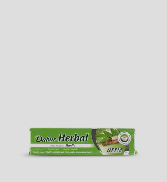 Dabur, Herbal Toothpaste, 155g Produktbeschreibung Die vegetarische Dabur Herbal Zahnpasta mit Neem sorgt für starke gesunde Zähne & Zahnfleisch. Hilft auf natürliche Weise das Zahnfleisch zu beruhigen und die Zähne zu kräftigen.