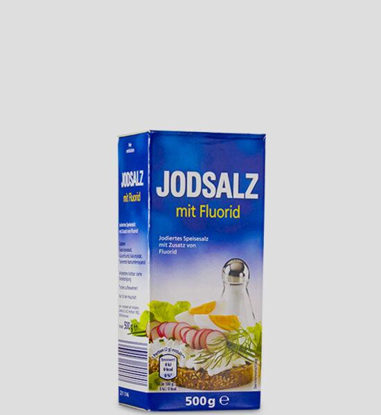 Jodsalz mit Fluorid 500g Produktbeschreibung Jodiertes Speisesalz mit Zusatz von Fluorid. Jodsalz mit Fluorid unterstützt die Versorgung mit Jod und Fluorid in der Ernährung.