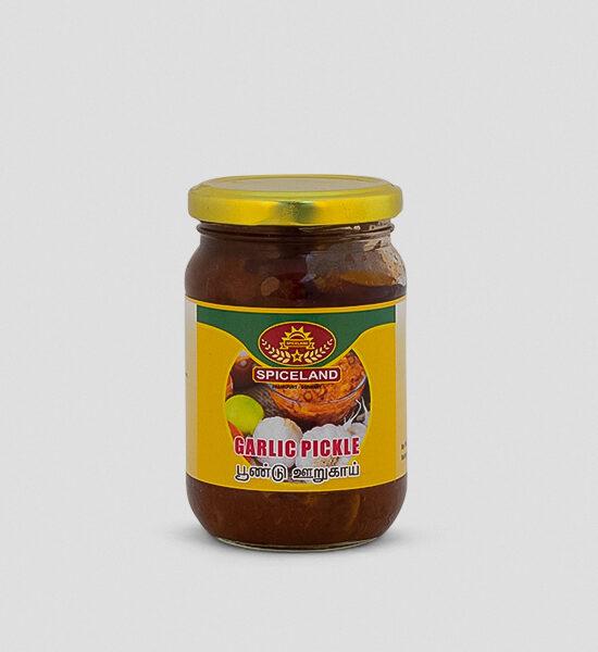 Spicelands Garlic Pickle 300g